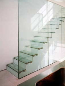 Toughened_Glass_Stairs_634591748014995042_1